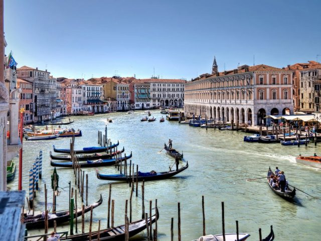 Venice | the invention of public theatre